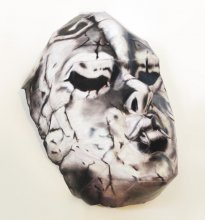 「ジョジョの奇妙な冒険」の 1/1 石仮面のペーパークラフトを制作しました